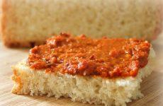 Болгарская паста— лютеница