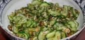 салат с жареными огурцами рецепт
