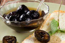 Варенье из зеленых грецких орехов: экзотический десерт