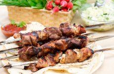 Маринад для шашлыка на кефире: рецепты для любого вида мяса