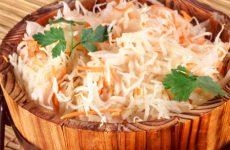 Горячий способ засолки капусты: отличная закуска