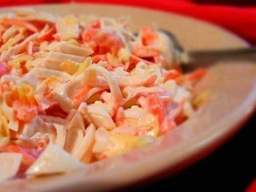 Салат с кальмарами рецепт с помидорами и сыром