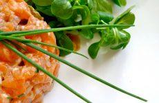 Тартар из лосося к новогоднему столу