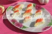 рулетики из крабовых палочек с сыром