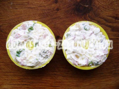 салат в формочках
