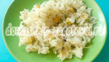 Очень простой салат с рисом и кукурузой