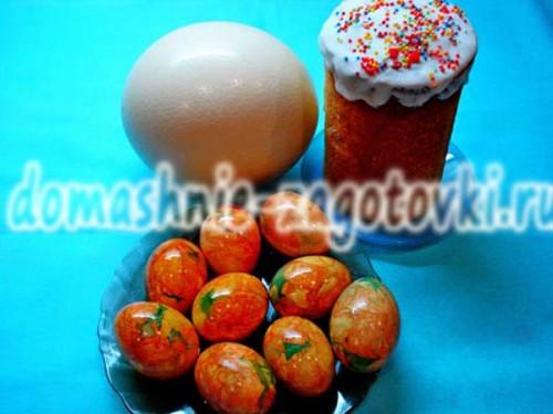 яйца в шелухе и зеленке