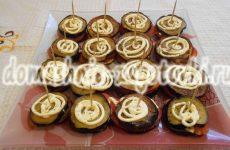 Аппетитные тортики из баклажанов