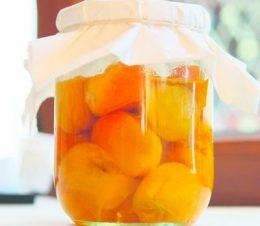 Миниатюра к статье Как заготовить абрикосы в сиропе на зиму