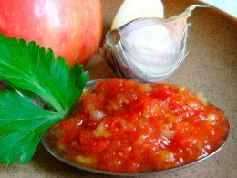 Миниатюра к статье Аджика из кабачков: прекрасное дополнение к любому блюду