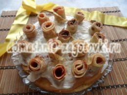 Миниатюра к статье Как приготовить блинный торт с творожным кремом