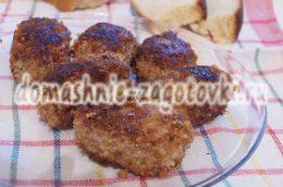 Миниатюра к статье Рецепт котлет из фарша говядины и свинины с маслом внутри