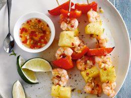 Миниатюра к статье Креветки с ананасом к праздничному столу: закуски и салаты