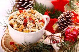 Миниатюра к статье Почему носят Кутью на Рождество и как правильно ее приготовить