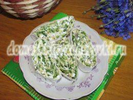 Миниатюра к статье Аппетитный рулет из лаваша с творогом и зеленью к праздничному столу
