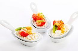 десерт с маскарпоне и клубникой