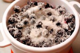 пятиминутка из черной смородины