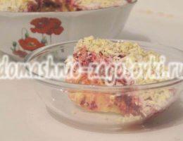 салат из соленых огурцов со свеклой
