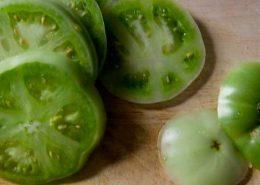 Миниатюра к статье Салат из зелёных помидор