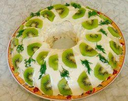 Миниатюра к статье Как приготовить салат Нефритовый браслет