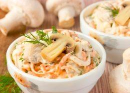 Миниатюра к статье Как приготовить корейский салат с курицей