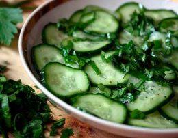 салат из огурцов зимний король