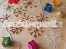 Миниатюра к статье Снежинки из шоколада, украшение для праздничной выпечки