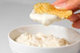 Миниатюра к статье Как приготовить соус для чипсов