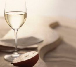Миниатюра к статье Домашнее вино из груш
