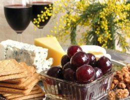 виноград под оливки