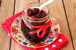Миниатюра к статье Несколько способов заготовки вишни в собственном соку