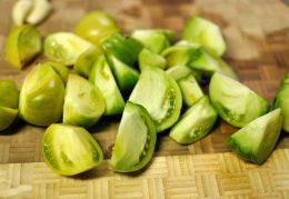 Миниатюра к статье Зеленые помидоры по-корейски: оригинальная закуска